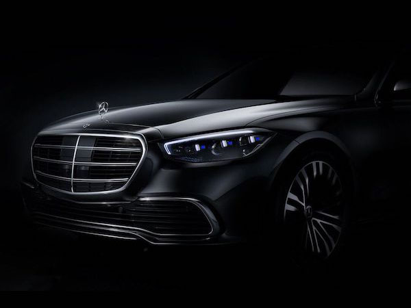 At Mercedes-Benz R&D I led a multi-disciplinary team in exploring new user experiences inside vehicles using novel sensing and display technologies...